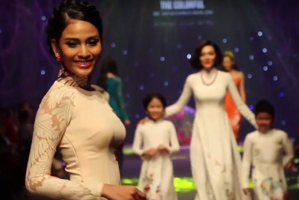 Phim fashion show Đa Sắc