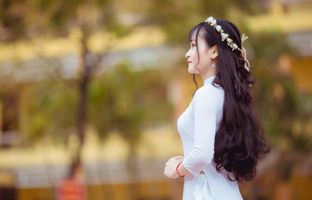Bi kíp tạo dáng chụp ảnh với áo dài xinh lung linh
