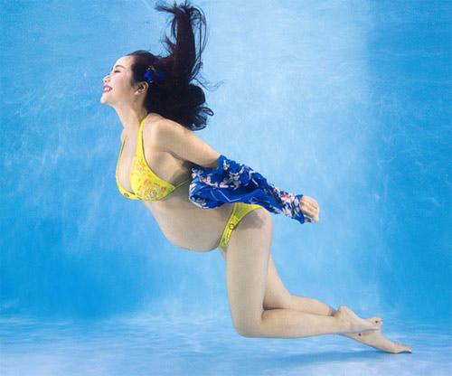 Nước trong bể bơi không được chứa Clo